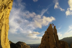 Szczytowanie na wspinaczce w Escalera Arabe.