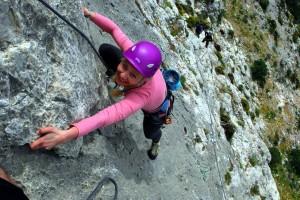 Kalymnos. Magda na wspinaczce na drodze wielowyciągowej.